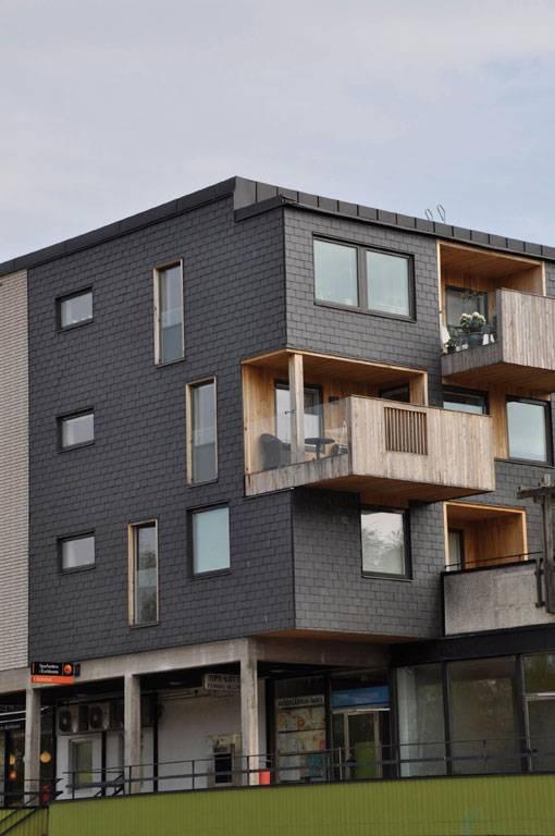 Vid fasadrenovering i Svängsta användes takskiffer Samaca Classic för fasad