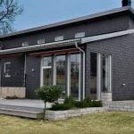 Villa med Samaca Classic dubbeltäckning takskiffer på fasad