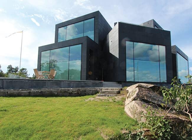 Fasadsystem BWM för skuren skiffer, här Villa W med Welsh Slate Dark Blue Grey
