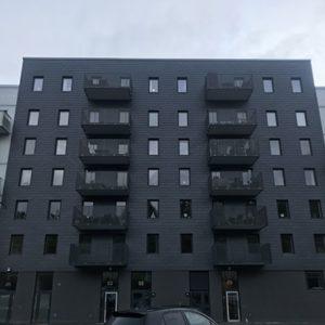 Hus klätt med takskiffer på fasad - Samaca Classic. Enkeltäckning