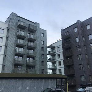Projekt Gaffelseglet i Haninge med takskiffer på fasad