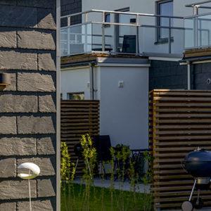 Castillo fasadskiffer monterad i enkeltäckning i Kristianstad