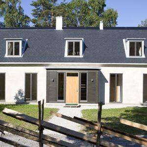 Hus på Gotland med skiffertak, skiffer ifrån Nordskiffer AB, Nordskiffer Classic