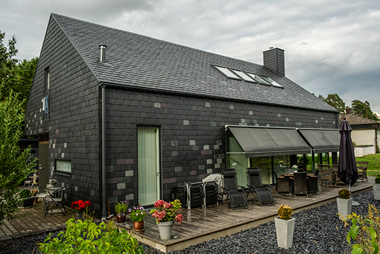 Welsh Slate skiffer på tak och fasad på Villa Hallgren