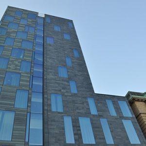 Hotel Post i Göteborg - Castillo skuren skifferfasad från Nordskiffer