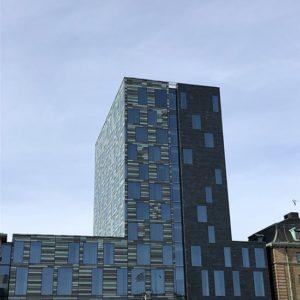 Hotel Post - fasad klädd med skuren fasadskiffer - Castillo