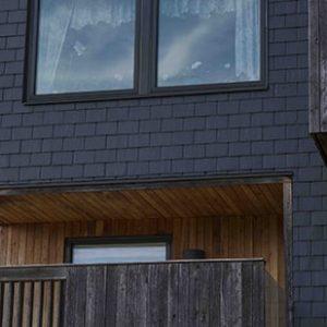Takskiffer på fasad - Nordskiffer Classic, dubbeltäckning i Svängsta